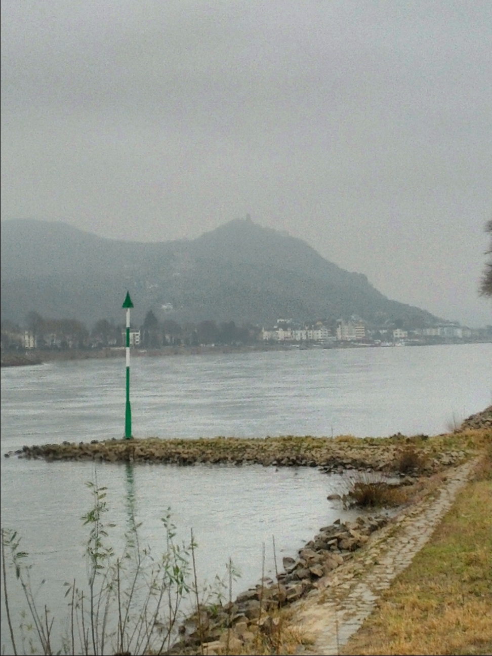 the river Rhine and the Drachenfels